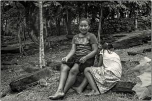 """""""Finalmente nos despedimos del gringo, no sin antes escuchar una explicación llena de entusiasmo acerca de sus proyectos a favor de las comunidades indígenas maya q'eqchí. Nos llama la atención y nos intriga que no mencione en dichos proyectos a los garífunas."""""""